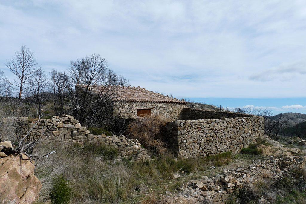 hidalgomora_arquitectura-corral_elsanto_andilla_01