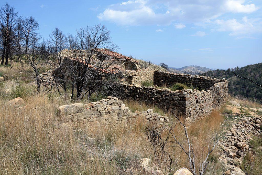 hidalgomora_arquitectura-corral_elsanto_andilla_02