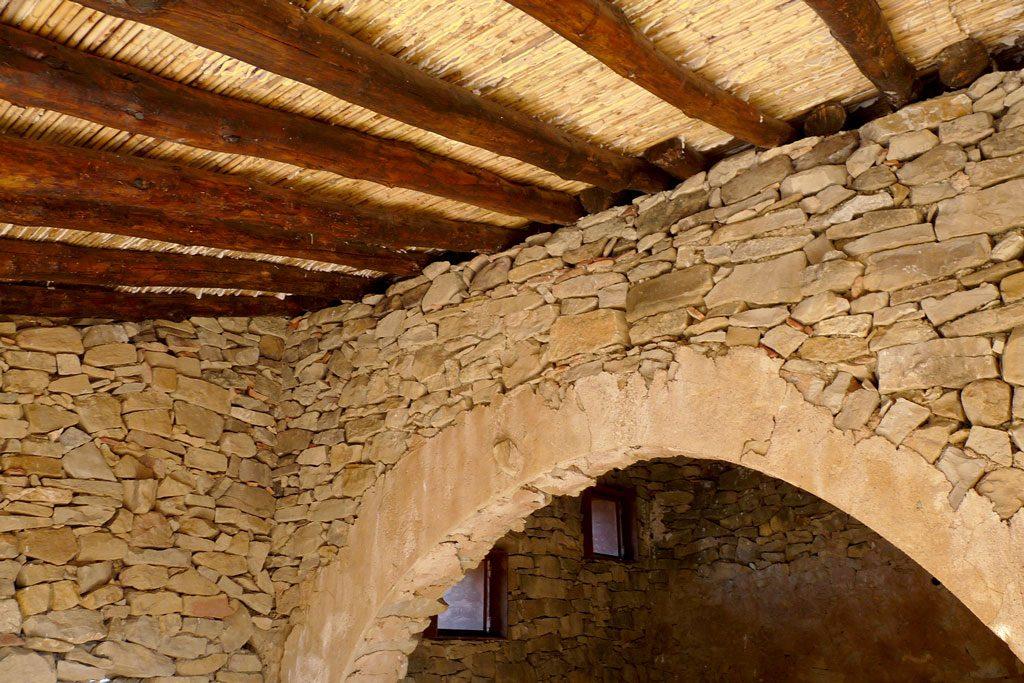 hidalgomora_arquitectura-corral_elsanto_andilla_05