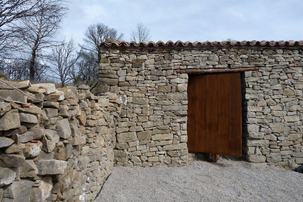 hidalgomora_arquitectura-corral_elsanto_andilla_07